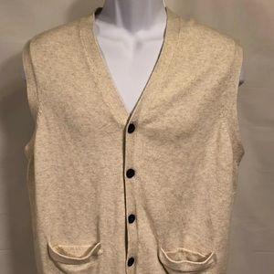 Chaps v neck button front sweater vest large cream